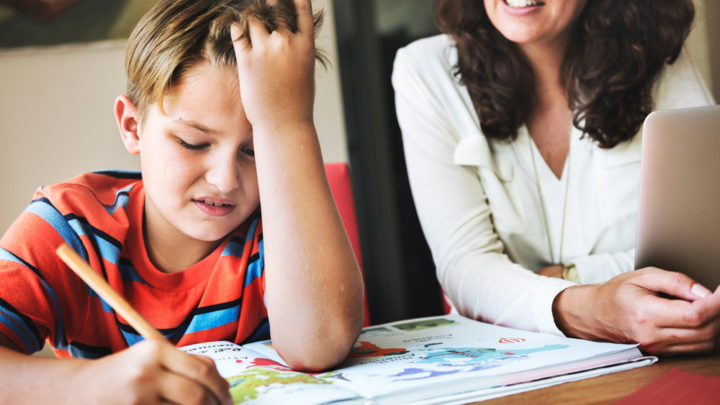 Ребенок должен делать уроки сам! Посвещается родителям
