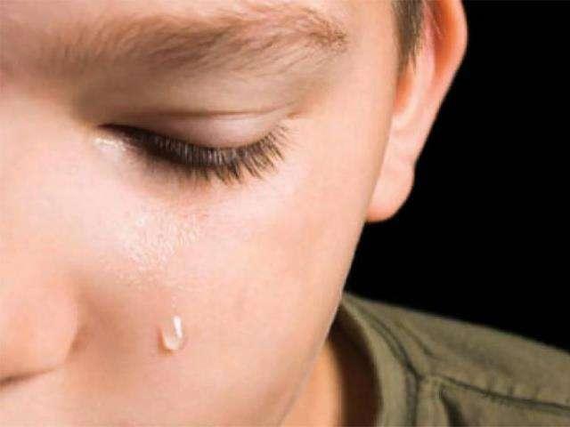 «Мама, мамочке, ну где же ты?» 4-летний Сашенька лежал и горько рыдал на детдомовской кровати