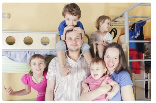 У него 5 детей! Как живет популярный актер Николай Иванов