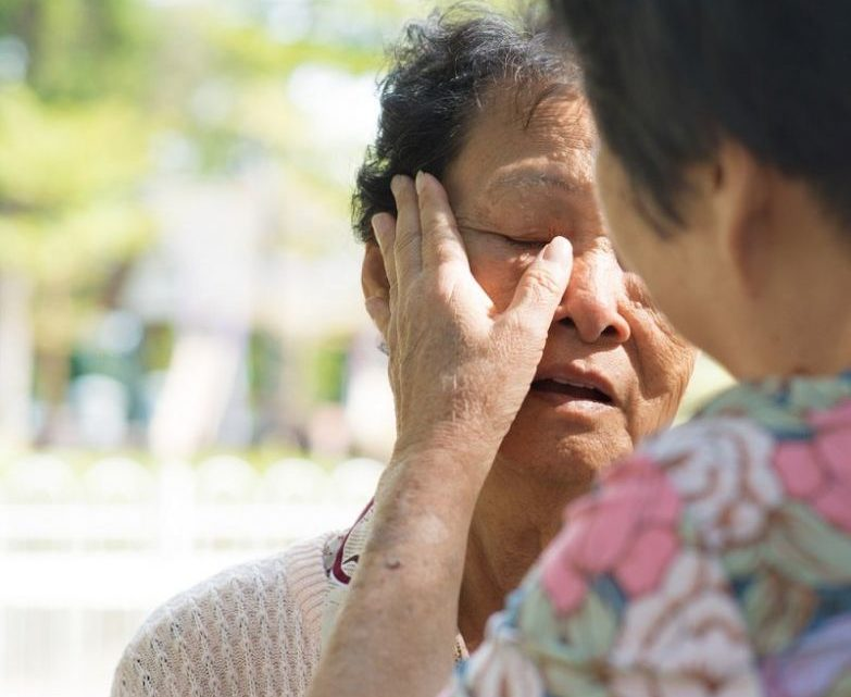 Почему вечно помогать другим — неблагодарное дело