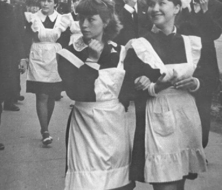 Как выглядели школьницы в советское время