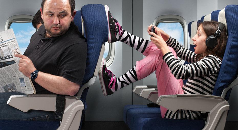 У нормальных людей активные дети: веселятся, бегают, шкодничают, пакостят, только ты воспитал дебила