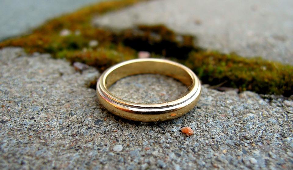 Последствия американского развода: муж требует от меня алименты в размере 3000 долларов