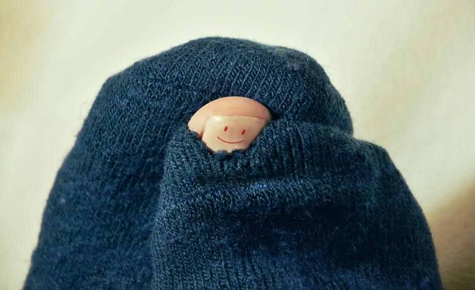 Как дырка в носке повлияла на судьбу одной девушки