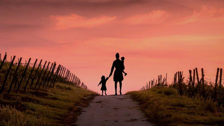 Узнав о моей беременности, муж сказал вернуть приемного ребенка в детдом