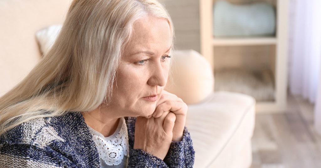 Что происходит, когда женщина 50+ долго находится без отношений