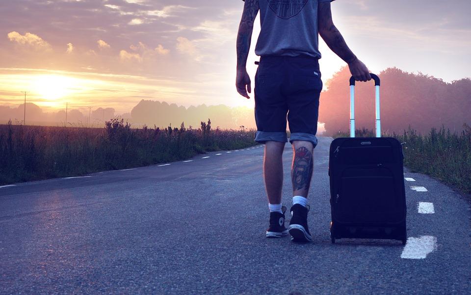 Мой сын хочет остаться со мной после развода, но новая жена против